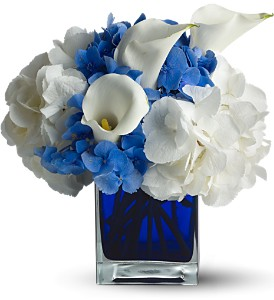 Waves of Blue in Santa Monica CA, Edelweiss Flower Boutique
