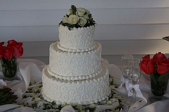 wedding cakes guelph weddings delivery guelph on patti s flower boutique 24463