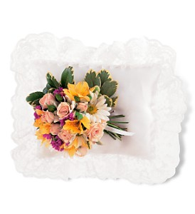 Spring Satin Pillow Cluster in Shawano WI, Ollie's Flowers Inc.