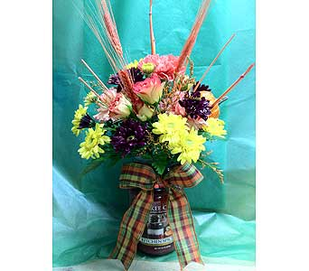 Kitchen Spice Yankee Candle Bouquet in Johnstown PA, B & B Floral