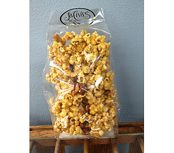 Caramel Corn with flowers in Portland OR, Portland Bakery Delivery