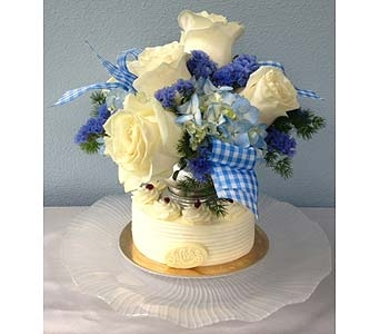 White Cake with flowers in Portland OR, Portland Bakery Delivery