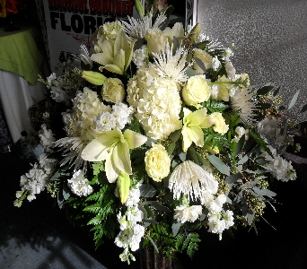 Remembered Forever  in Henderson NV, Beautiful Bouquet Florist