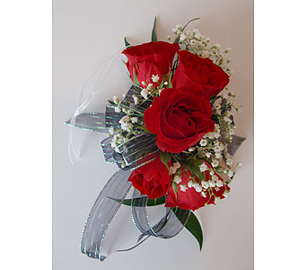 A 5 bloom red spray rose corsage in Nashville TN, Flowers By Louis Hody