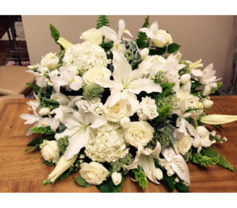 White Casket Spray in Brownsburg IN, Queen Anne's Lace Flowers & Gifts