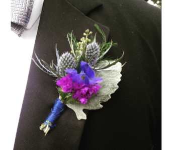 Wild Flower Boutonniere in Macon GA, Lawrence Mayer Florist