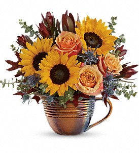 Teleflora's Golden Gratitude Bouquet in North Olmsted OH, Kathy Wilhelmy Flowers