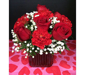 Love Squared in Moon Township PA, Chris Puhlman Flowers & Gifts Inc.