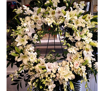 Super Luxurious Wreath in Macon GA, Lawrence Mayer Florist