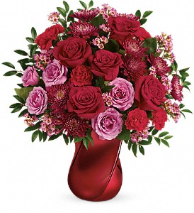 Teleflora's Mad Crush Bouquet in College Park MD, Wood's Flowers and Gifts