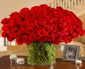 100 Premium red Roses in a Vase in El Cajon, California, Conroy's Flowers