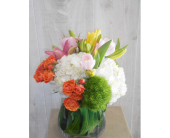 Spot On in Dallas TX, Petals & Stems Florist