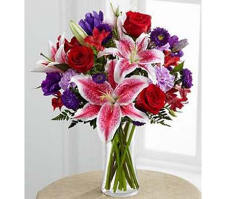 Vallejo City Floral Stunning Beauty™ Bouquet in Concord CA, Vallejo City Floral Co