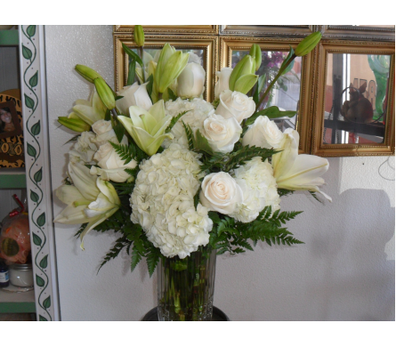 Rhapsody in White  in Henderson NV, Beautiful Bouquet Florist