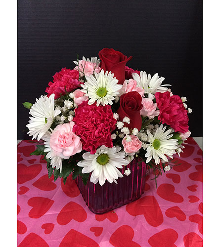 mixed cube arrangement in Moon Township PA, Chris Puhlman Flowers & Gifts Inc.