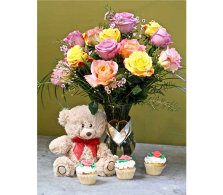 Cuddle Bear Roses & Cupcakes in Kingston ON, Pam's Flower Garden
